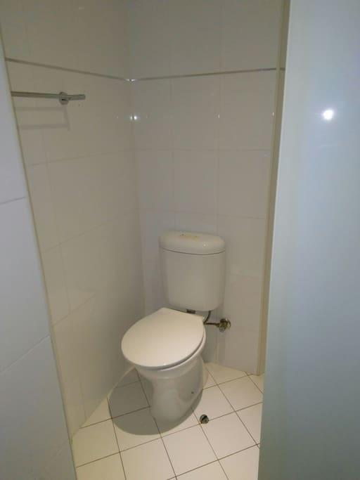 Ensuite toilet