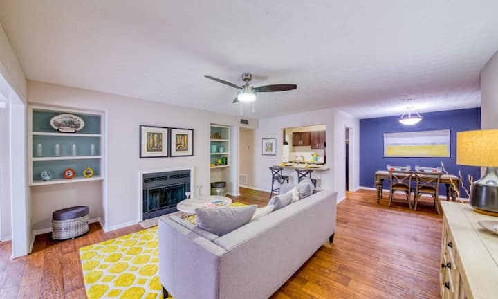 Live + Work + Stay + Easy | 2BR in Decatur