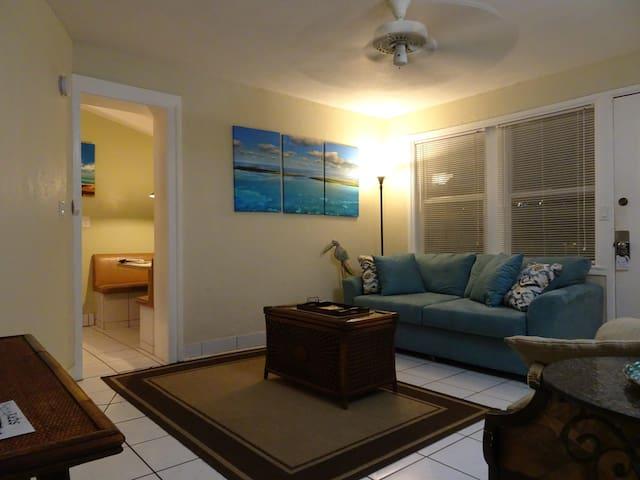 Key West Garden Suite at Suite Dreams Inn
