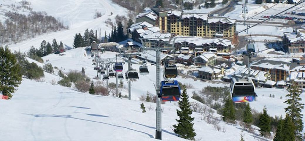 Ski In/Out Villa @Base of The Canyons w/Ski Valet - Park City - Villa