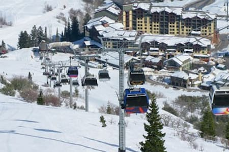 Ski In/Out Villa @Base of The Canyons w/Ski Valet - Park City