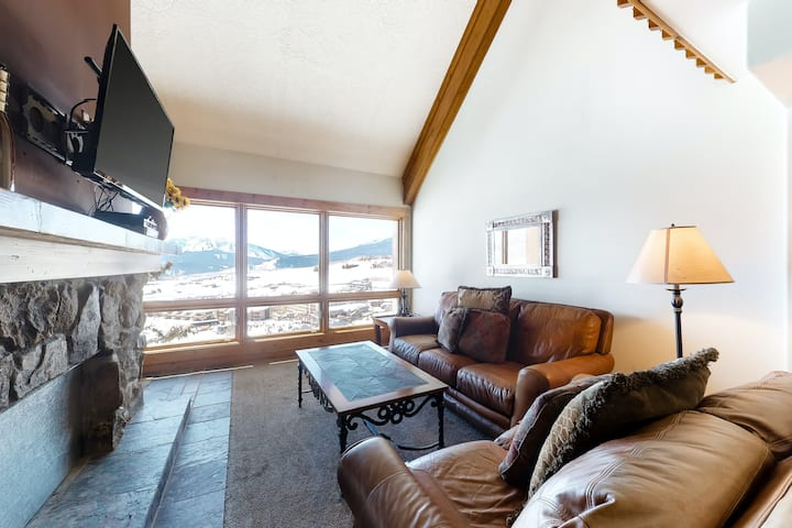 Second Floor, Ski-In, Ski-Out Condo with High-Speed WiFi, and Mountain Views
