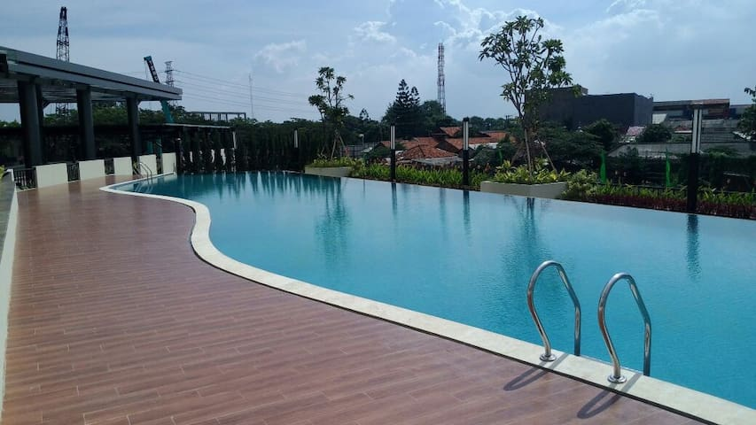 The Oasis Apartment cikarang for business & family