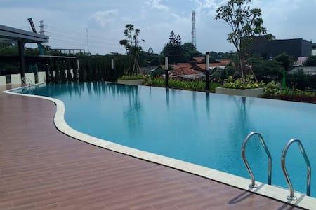 The Oasis Apartment cikarang for business & family