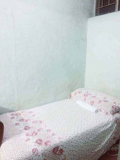 Comfortable Single Bed