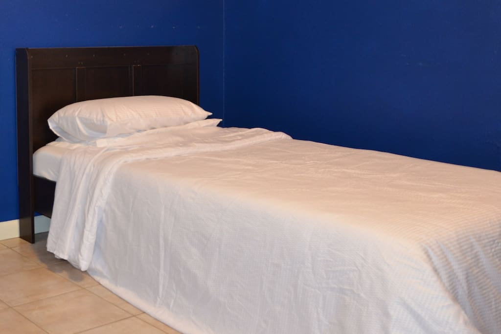 Single bed with an 8-inch memory foam mattress.