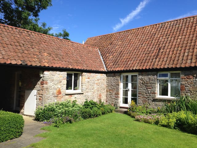 Peaceful country cottage near Congresbury - Brinsea - Lägenhet