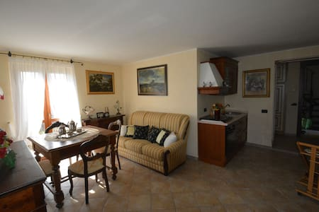 The Terrace on Umbria, apart for 2 - Pesciano - Apartment