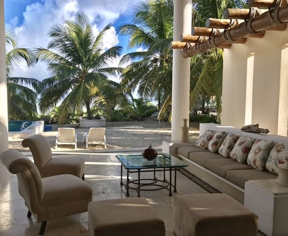 Stunning Beach House in Yucatán