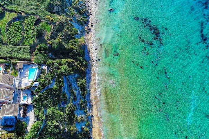 Beach Villa Quarda * Private Beach, Infinity Pool