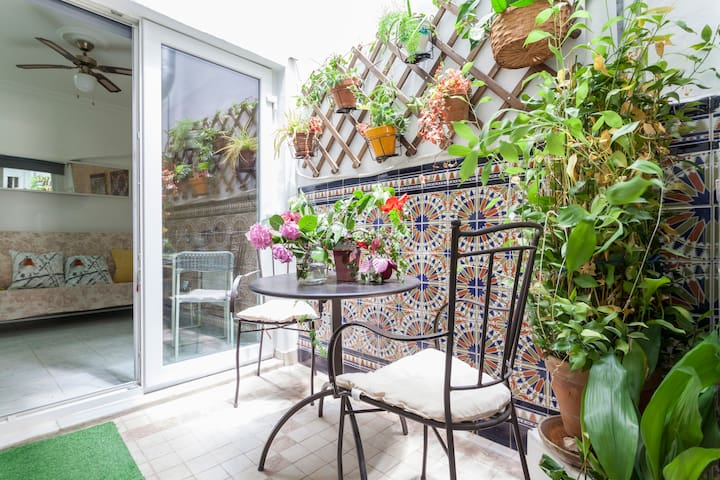 Estudio plaza nueva, wifi, terraza y patio privado - Sevilla - Appartement