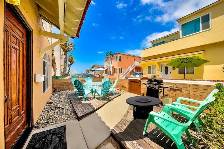 15% OFF thru 12/17 - Perfect location in N. Mission Beach w/ Fire Pit