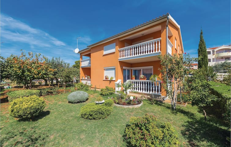 Holiday apartment with 1 bedroom on 29m² in Vodice
