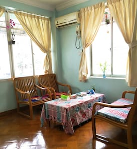 Room close to Sule pagoda in downtown - Rangun