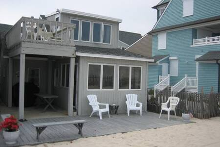 AWESOME OCEANFRONT BEACH HOUSE IN LAVALLETTE - Lavallette - 独立屋