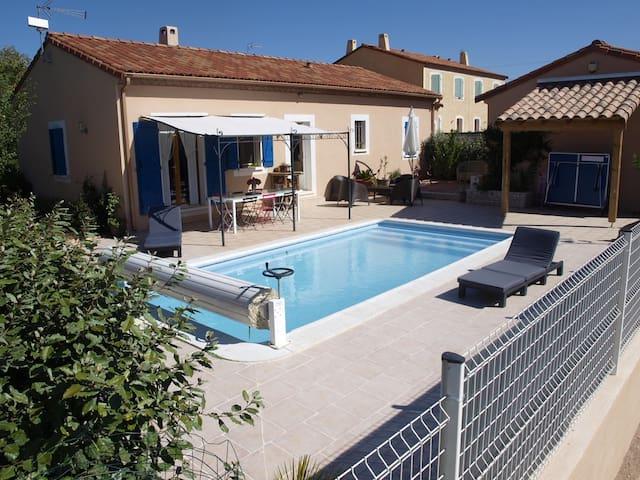 Villa avec piscine à Octon - Octon - Hus