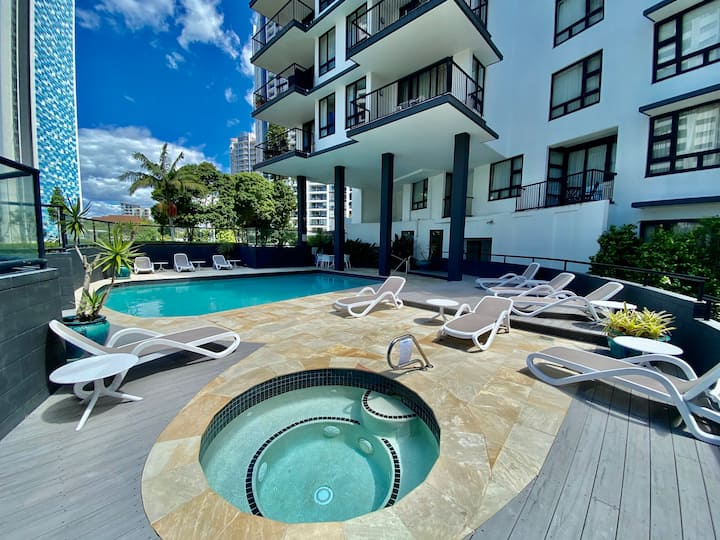 Beachside Resort Apt Neptune, Central  512