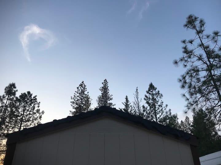 Tiny House Cabin NearBy Yosemite -- Sleeps 4!