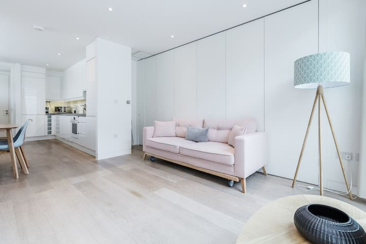 Amazing Two-Bedroom Flat in Soho