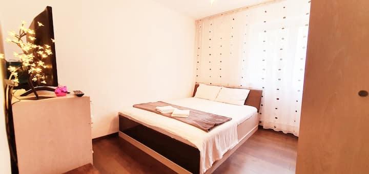 Studio Lotus-2 bedrooms close to Mamaia Beach