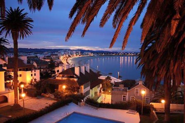 Carmona : Vakantiehuis aan zee (met zwembad) - São Martinho do Porto - Appartement