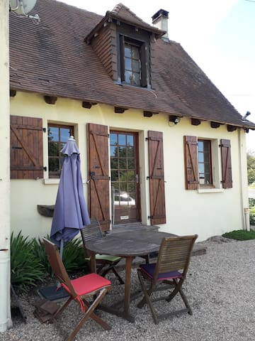 Lekkere Lounge Stoel.Airbnb Chalus Vacation Rentals Places To Stay Nouvelle