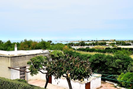 Cozy house at 50m from the sea - Brindisi - Villa