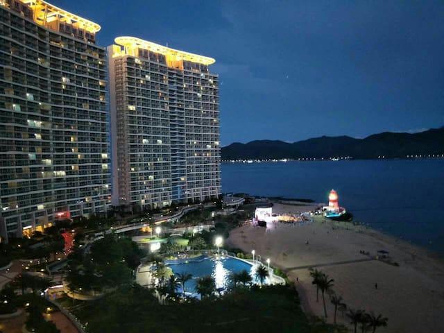 惠州巽寮湾亚婆角180度看山看海度假