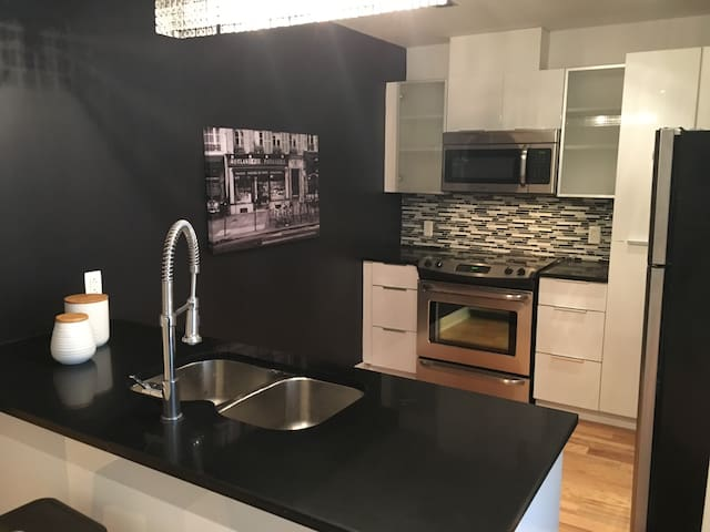 New Luxury Condo in NDG close to Downtown Montreal