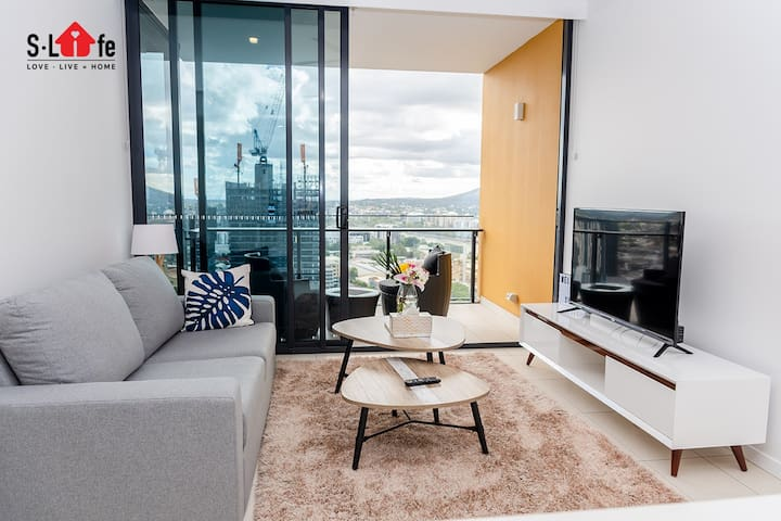 Southbank WaterView Modern 1BR|GymPoolParking
