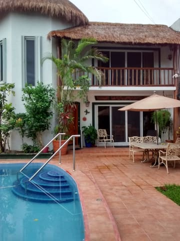 Casa Navidad, Pool, 3 Bdrms, Private