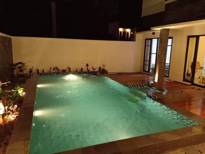 The Inggil villa, the best view in Batu city