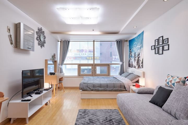 Rena house open location in gangnam station 3min.