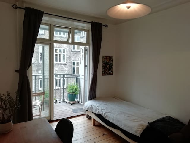 Cheap room in center of Copenhagen