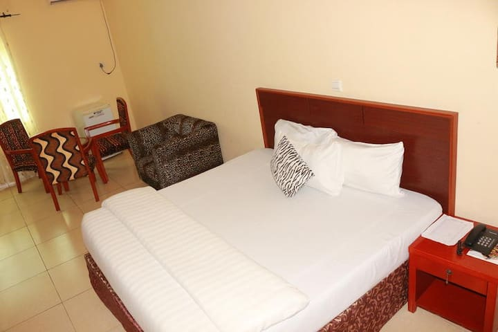 Carlcon Hotel - BUSINESS SUITE
