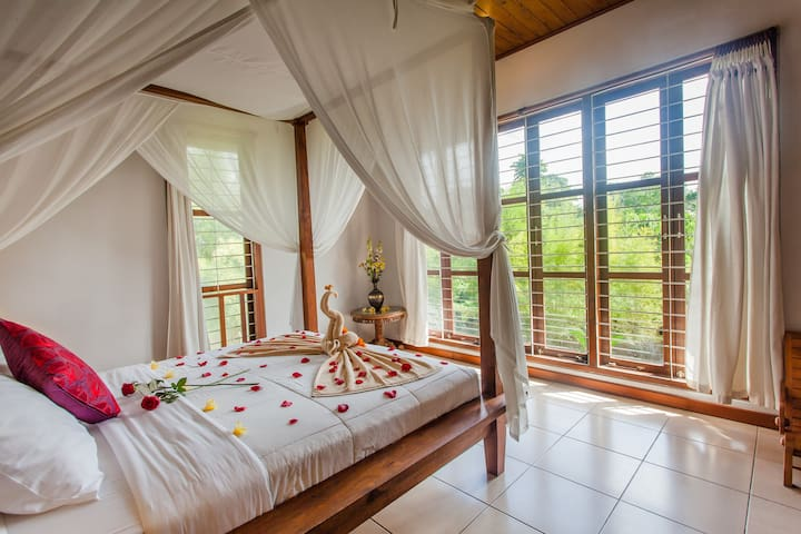 Monkey Forest Deluxe Suite 2 - Ubud - Villa