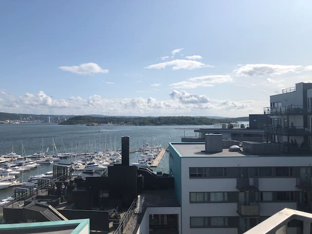 2 bedroom apartment Aker Brygge