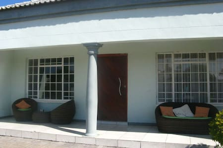 Double room at Twin Rose Garden B&B - Room 2 - Gaborone