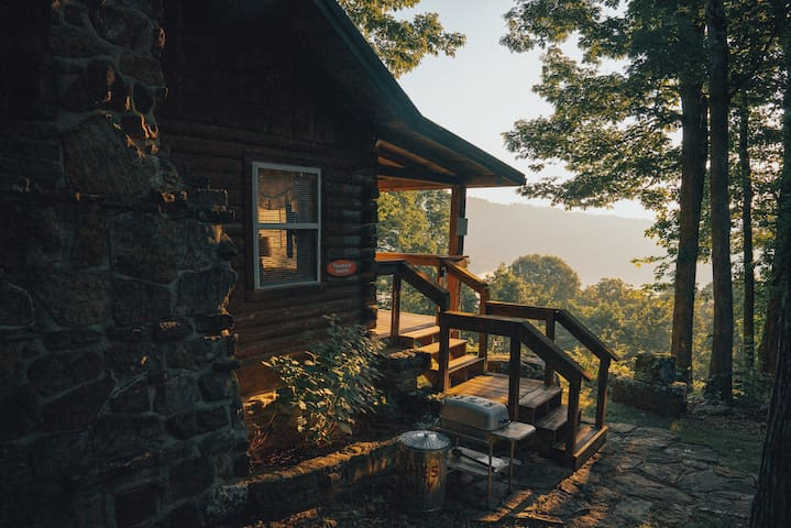 Cabin Romance with a Sunrise View