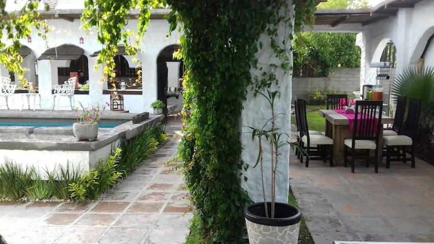 La Estancia de Amelia - San Lorenzo Tlalmimilolpan  - Casa de campo
