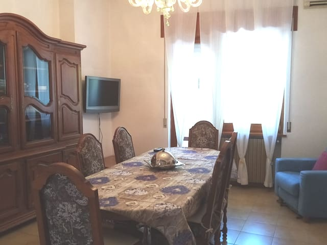 Large apartment for 2/6 people in Rimini