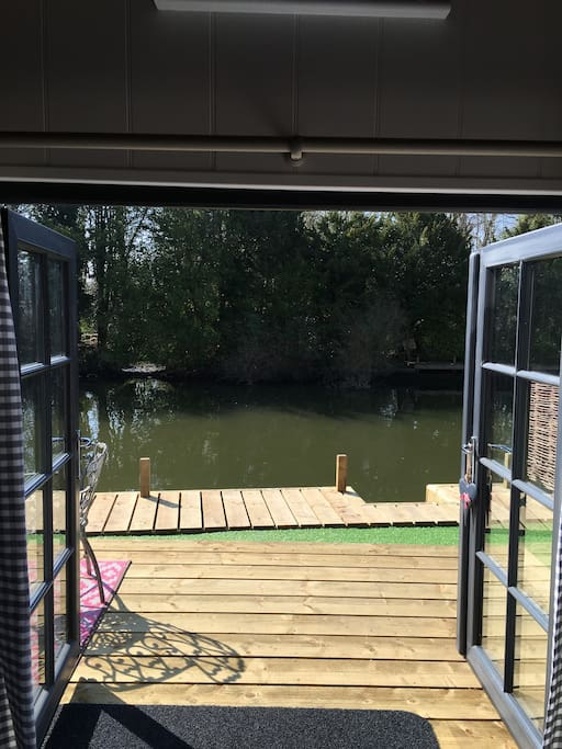 Large mooring with steps down to the river.