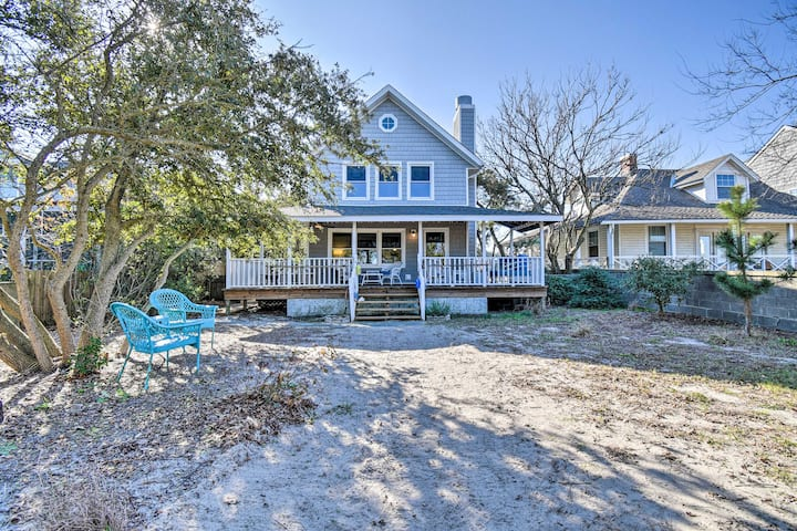 NEW! Classic Chesapeake Beachside Cottage w/ Porch