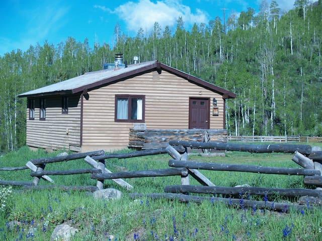 Riverside Cabin Retreat on  Elk River in Clark,Co
