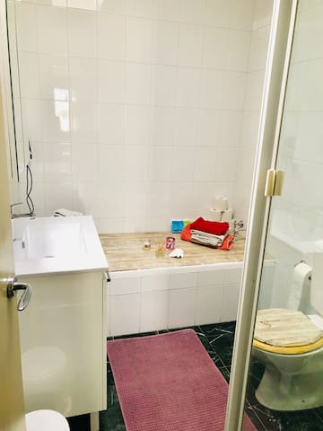 Nice and cosy room to rent in Petersham