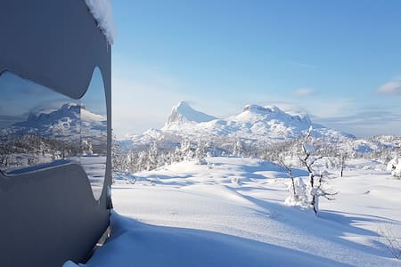 Breathtaking Mountain views in cozy Birdbox