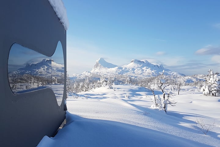 Breathtaking Mountain views in cozy Birdbox
