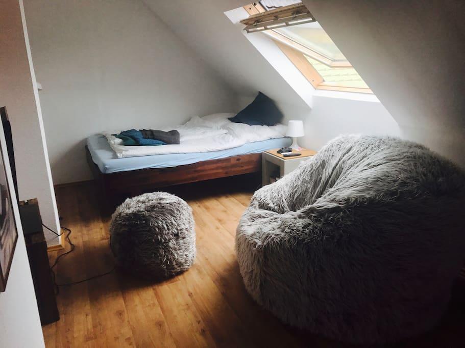Schlaf- Wohnbereich