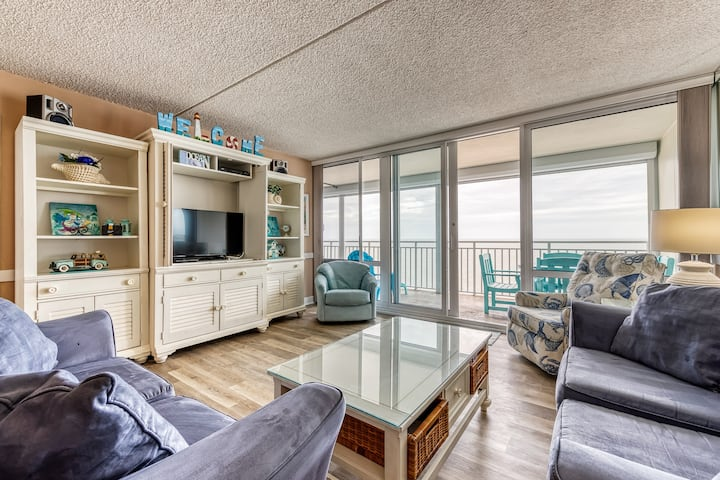New listing! Striking double-balcony waterfront condo w/ shared hot tub & pools!