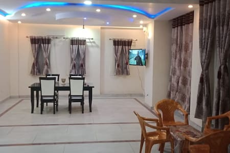 Exclusive Penthouse Guest House Blue Master Suit